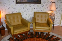How to source retro furniture