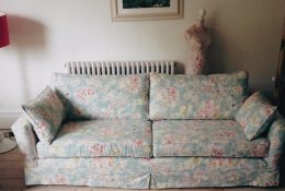 Why choose a bespoke sofa with a loose cover?