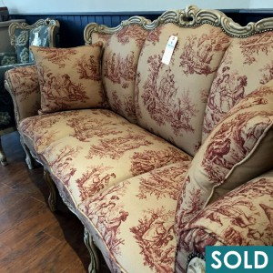gilft sofa square sold